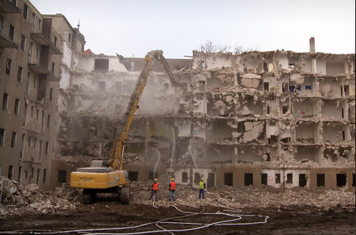 FireShot Capture 168 - BABYLON in Berlin - Die Stadt als Beute – Mietendeckel_ Lösung oder P_ - babylonberlin.eu